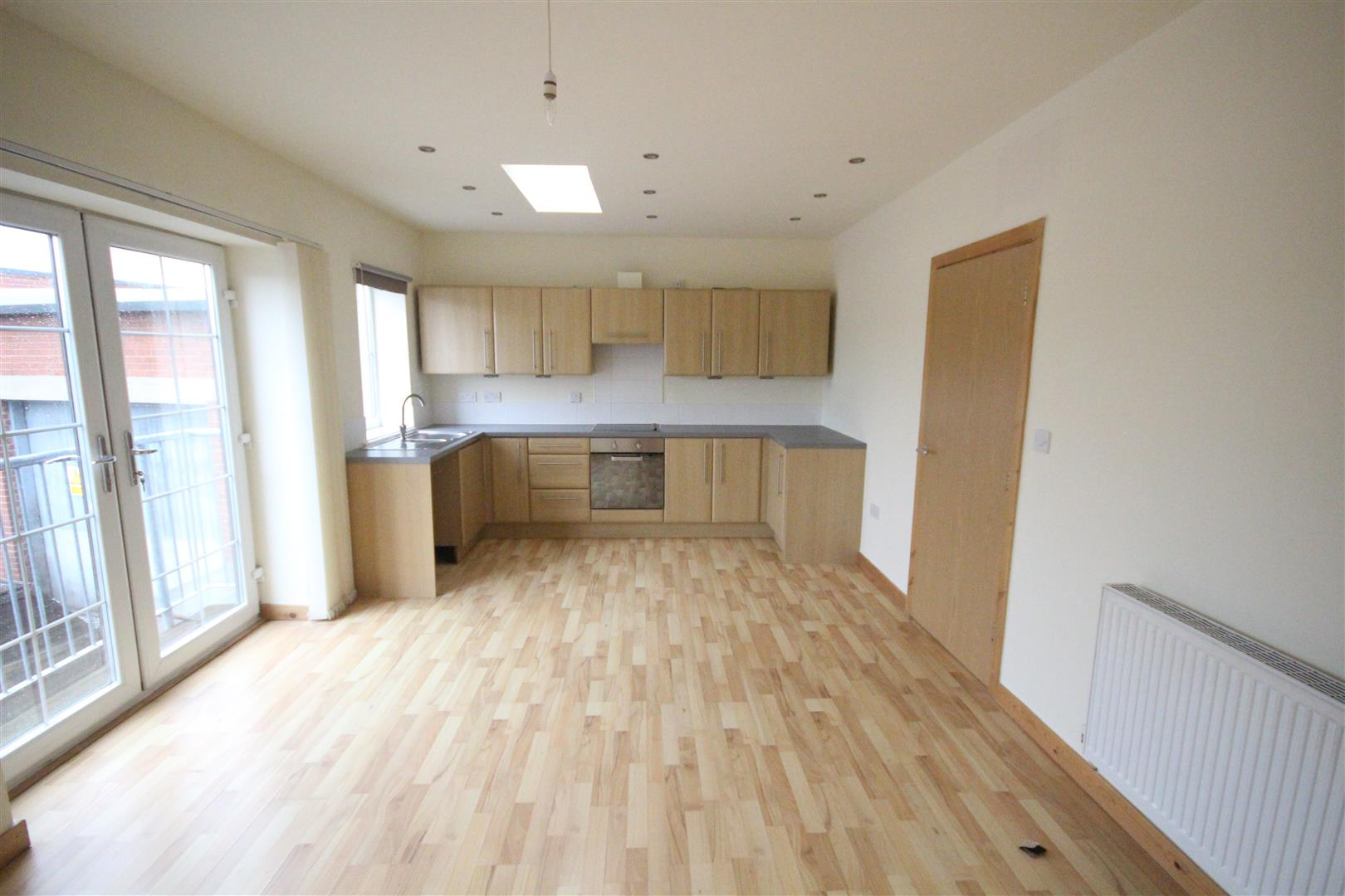 2 bedroom bungalow For Sale in Colne - IMG_0805.JPG
